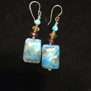NWOT REPOSH BEAUTIFUL HANDMADE BLUE STONE EARRINGS